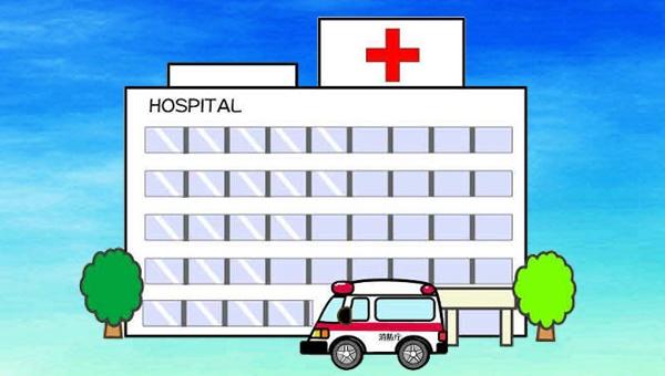救急車で病院に搬送